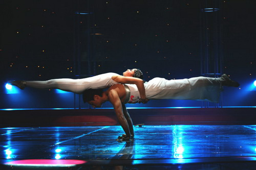 Acrobatic Show1